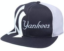 New York Yankees Big Text MLB Vintage Navy/Grey Snapback - Twins Enterprise
