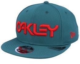 Neon 9Fifty Planet Green/Red Snapback - Oakley