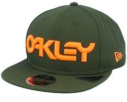 Neon 9Fifty New Dark Brush/Orange Snapback - Oakley