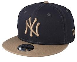 Kids New York Yankees League Essential 9Fifty Dark Grey/Camel Snapback - New Era