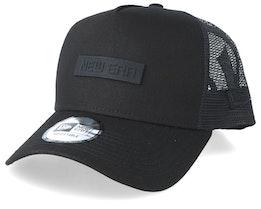 Tech Trucker Black/Black/Black Trucker - New Era