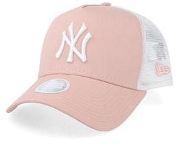 New York Yankees Women's League Essential Pink/White Trucker - New Era