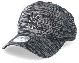New York Yankees Engineered Fit Black/Black Adjustable - New Era