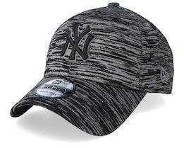 New York Yankees Engineered Fit Strap Black/Black Adjustable - New Era