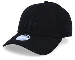 New York Yankees Essential Womens 9Forty Black/Black Adjustable - New Era