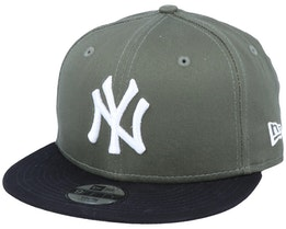 Kids New York Yankees Colour Block 9Fifty November Green/Black Snapback - New Era