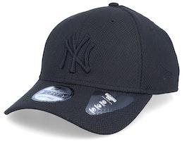 New York Yankees Mono Team Colour 9Forty Black/Black Adjustable - New Era