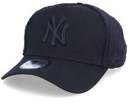 New York Yankees Sherpa Black/Black Adjustable - New Era