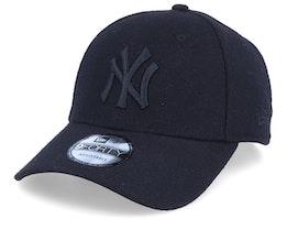New York Yankees Melton 9Forty Black/Black Adjustable - New Era