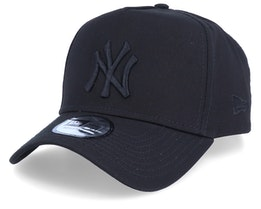 New York Yankees League Essential Black/Black Adjustable - New Era