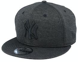 New York Yankees Shadow Tech 9Fifty Black Snapback - New Era