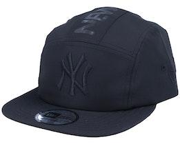 New York Yankees Camper Black/Black 5-Panel - New Era
