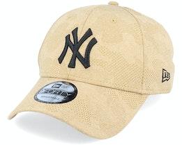 New York Yankees Engineered Plus 9Forty Heather Brown/Black Adjustable - New Era