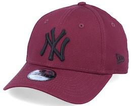 Kids New York Yankees Essential 9Forty Maroon/Black Adjustable - New Era