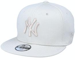 Kids New York Yankees League Essential 9Fifty Stone/Stone Snapback - New Era