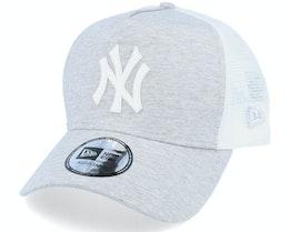 New York Yankees Jersey Essential Heather Gray/White Trucker - New Era