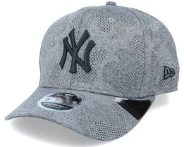 New York Yankees Engineered Plus 9Fifty Stretch Snap Dark Grey Adjustable - New Era