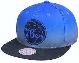 Philadelphia 76ers Color Fade Blue/Black Snapback - Mitchell & Ness