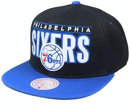 Philadelphia 76ers Billboard Classic Black/Blue Snapback - Mitchell & Ness