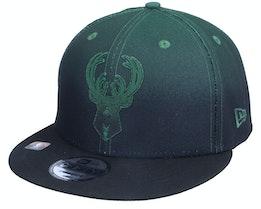 Milwaukee Bucks 9FIFTY NBA20 Back Half Black/Green Snapback - New Era