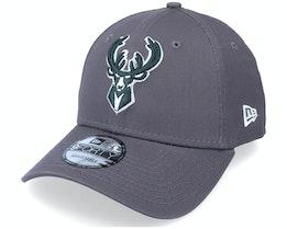 Milwaukee Bucks NBA Grauscale 9FORTY Grey Adjustable - New Era
