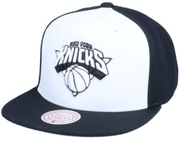 New York Knicks Front Post White/Black Snapback - Mitchell & Ness