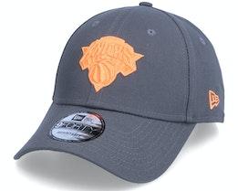 New York Knicks Pop Logo 9FORTY Grey/Orange Adjustable - New Era
