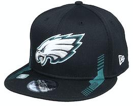 Philadelphia Eagles NFL21 Side Line 9FIFTY Black Snapback - New Era