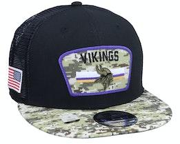 Minnesota Vikings NFL21 Salute To Service 9FIFTY Black/Camo Trucker - New Era