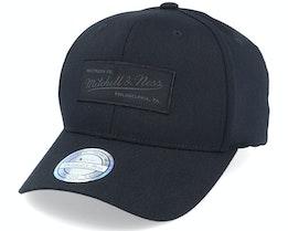 Own Brand Siege Black 110 Adjustable - Mitchell & Ness