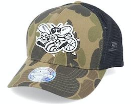 Charlotte Hornets Duck Camo/Black 110 Trucker - Mitchell & Ness