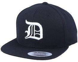 D Letter 3D Black Snapback - Iconic
